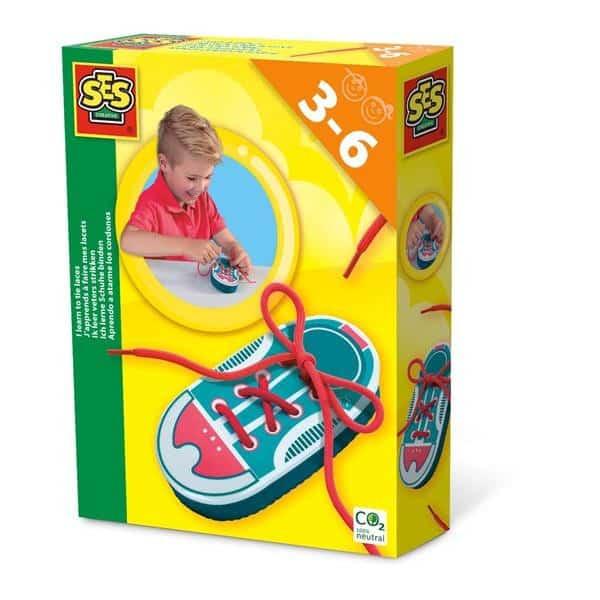 educatief speelgoed veters strikken